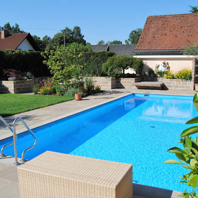 Privatgarten mit Pool